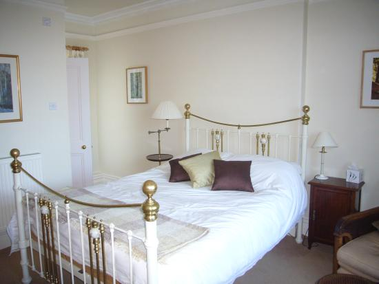 Normanhurst Bed & Breakfast