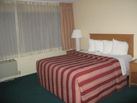 Photo of Days Inn Town Center Hotel Seattle