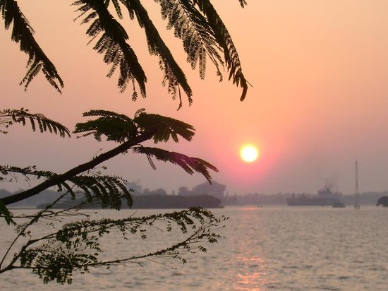 Kerala, Indien: Look at the sunset
