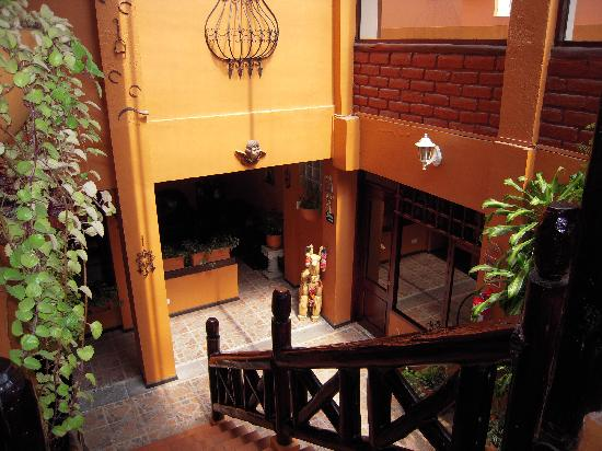Fuente de Piedra II Hostal: View of lobby from first floor