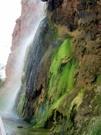 Hot Springs, SD: Falls with Algae