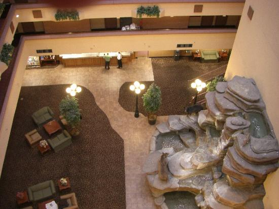 Holiday Inn Great Falls: view of lobby