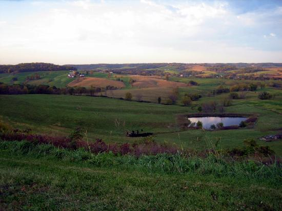Illinois: Countryside in Jo Daviess County at Dusk