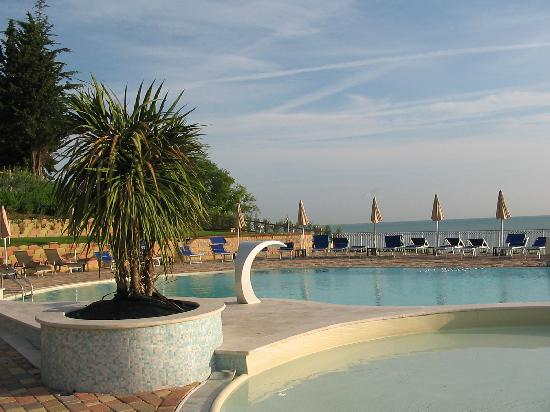 Fossacesia Marina, Italie : Swimming pool area