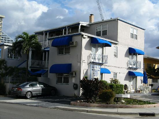 Photo of Ask Me Inn Fort Lauderdale