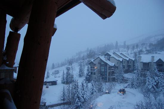 Elkhorn Lodge: another view