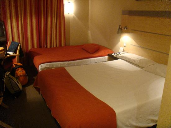 Holiday Inn Express Madrid-Rivas: Standard Twin Room