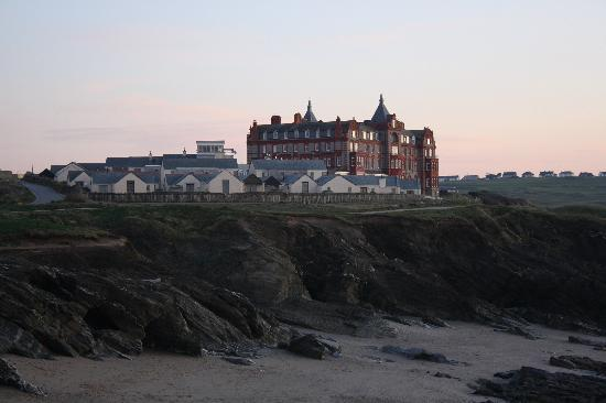 Headland Cottages And Hotel