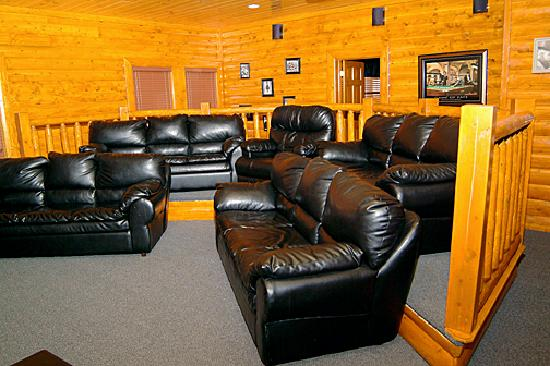 Black Bear Ridge Resort: Home Theater