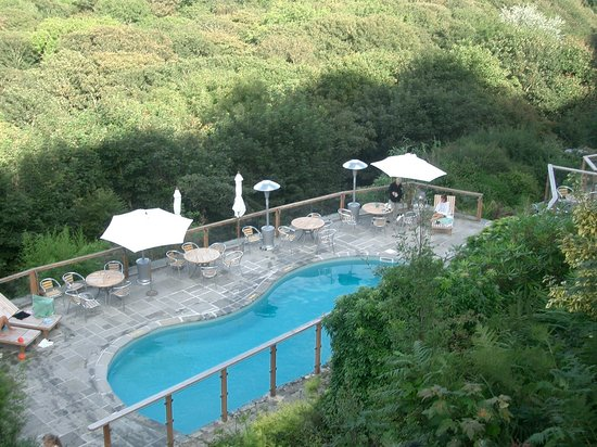 The Cove Cornwall: The Cove swimming pool