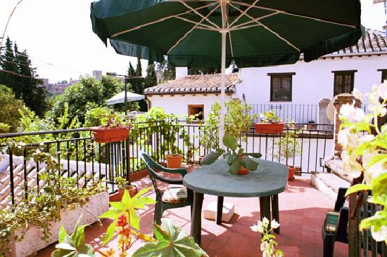 Photo of Mochi Guest House Granada