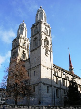 Zurich, Suisse : Grossmunster Cathedral 