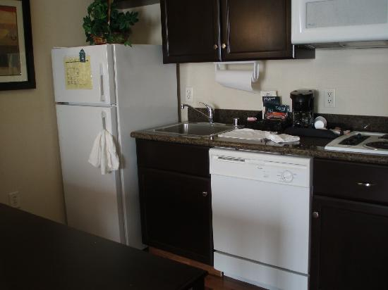 Kitchen picture of homewood suites by hilton anaheim main gate area garden grove tripadvisor Homewood suites garden grove