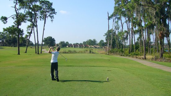 Orange Lake Resort and Country Club: Cranes bend hole 5