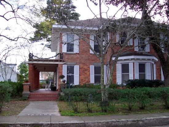 Photo of Steel Magnolia House Bed & Breakfast Natchitoches