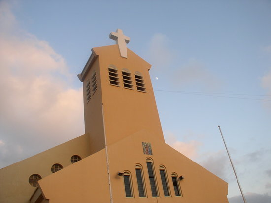 Palm - Eagle Beach, Aruba: church