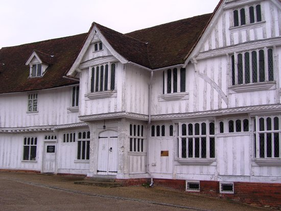 ‪Lavenham Priory‬