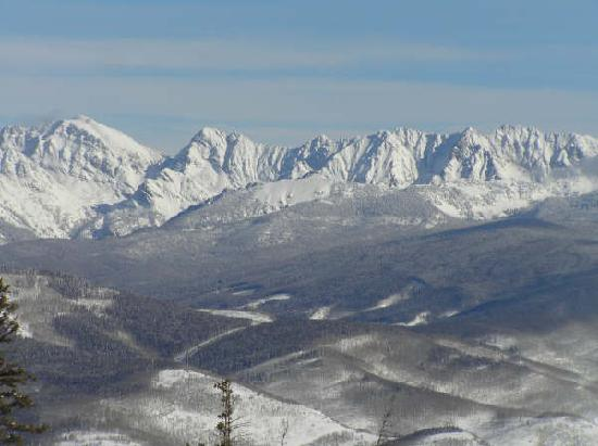 Elkhorn Lodge: View from the slopes of Beaver Creek