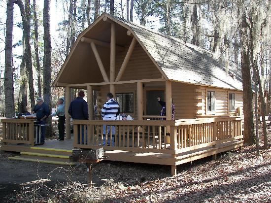 Uchee Creek Army Campground and Marina: the large cabin