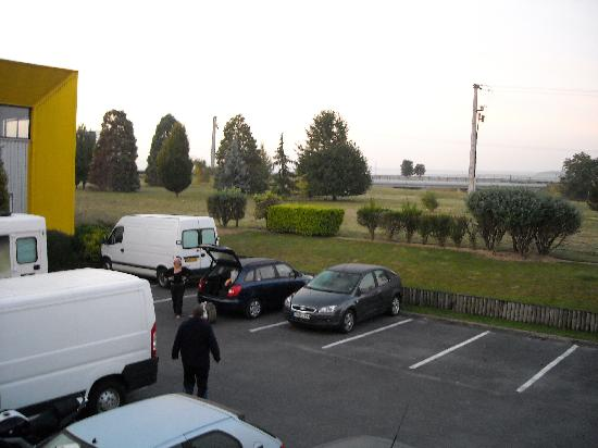 Premiere Classe Reims Est  - Taissy: View from outside room