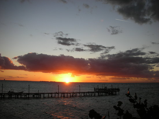 Isla Mujeres, Mexico: A sunset to Remember