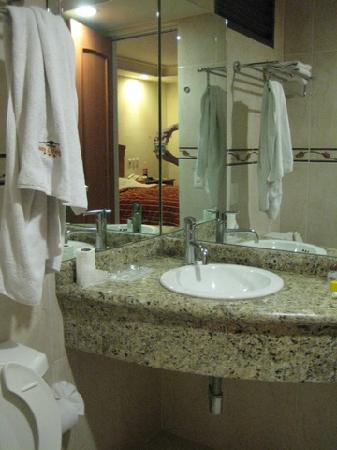 Bathroom - Hotel San Diego