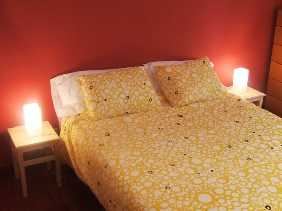 Padilla Guest House: Park Güell Room (Double)