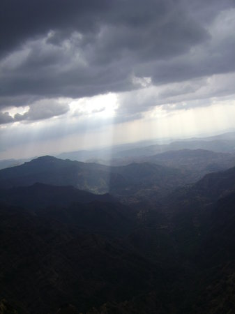 Mahabaleshwar, Indie: cloudy climate in March