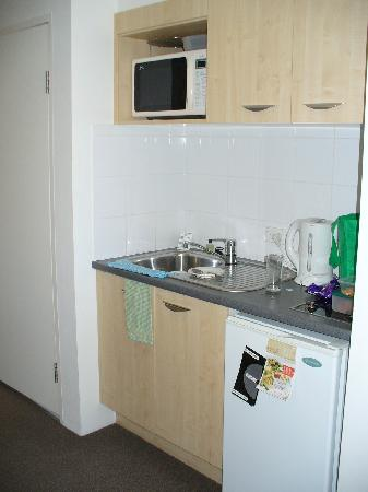 Quest Cronulla Beach: This was our full kitchen