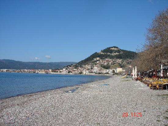 Naupactus, Griechenland: Nafpaktos as seen from the beach in front of the hotel