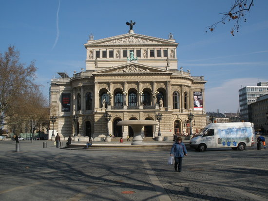 Frankfurt, Almanya: opera house