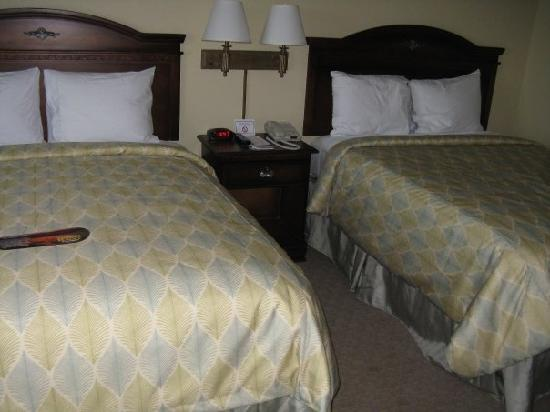 Country Inn & Suites Panama City Beach: my friend took a pic of our room