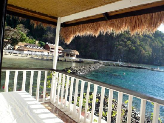 El Nido Resorts Miniloc Island: Water Cottage Terrasse