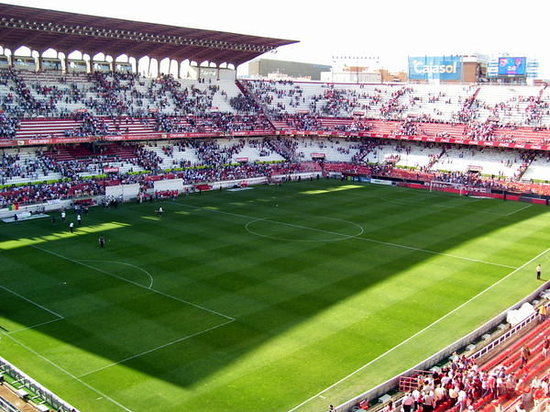 Sevilla, Spanien: slowly filling up
