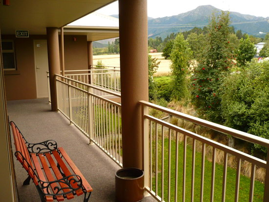 Hot Springs Motor Lodge: the balcony