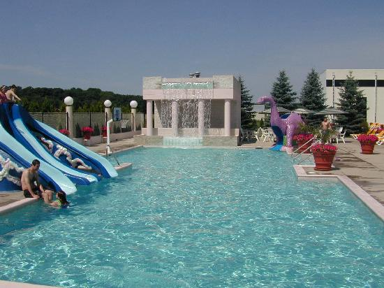 Grand Marquis Waterpark Hotel &amp; Suites : pool 