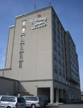 Holiday Inn Hotel & Suites Mississauga: Exterior