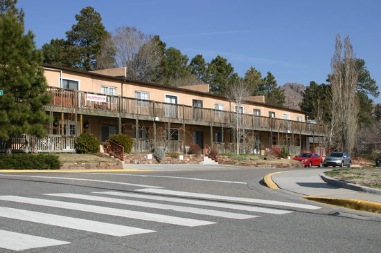 Photo of North Road Inn Los Alamos