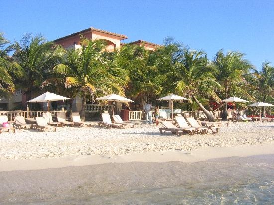 Infinity Bay Spa and Beach Resort: In Front of Infinity