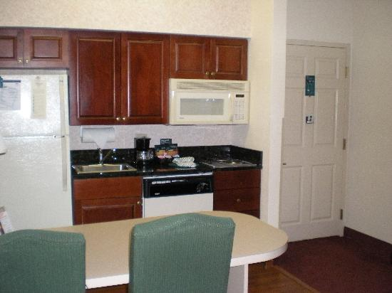 Homewood Suites by Hilton Nashville Brentwood: Kitchen in King Suite