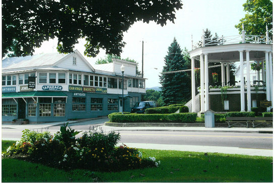 Warrensburg, NY: Bands still play at the bandstand.in the center of town.