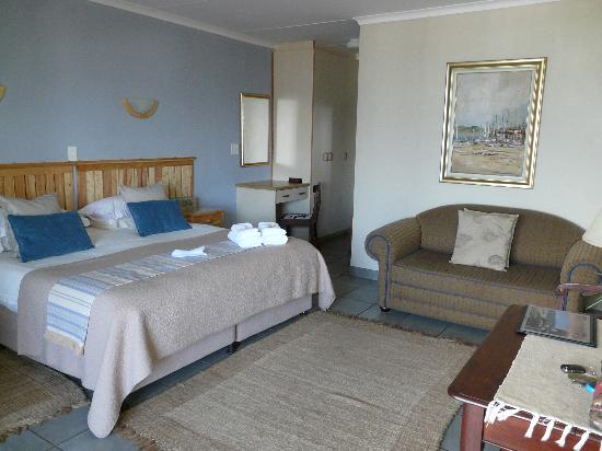 Large tidy room picture of sea paradise wilderness