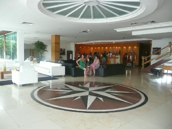Atlantico Buzios Hotel: Recepcin