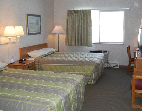 Howard Johnson La Crosse: Clean and affordable
