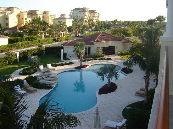 Villa del Mar: Main Pool - View