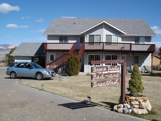 Photo of Bryce Trails Bed and Breakfast Tropic