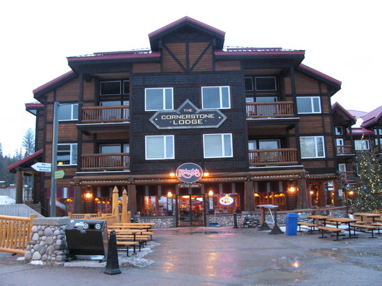 Cornerstone Lodge: front of condo