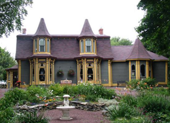 Rose Manor B & B