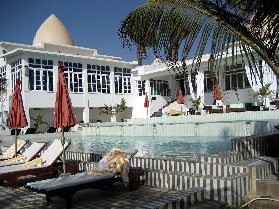Coco Ocean Resort and Spa: Communal pools