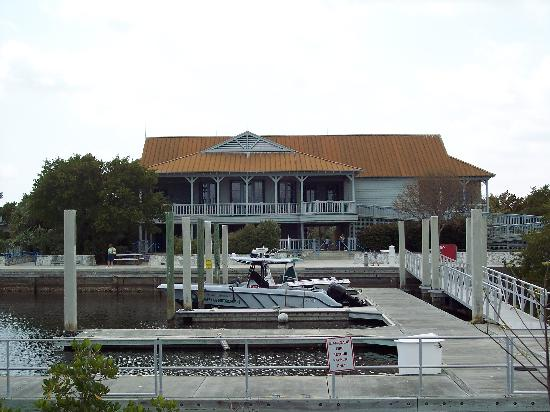 Biscayne National Park, FL: Visitor Center from Jetty Trail